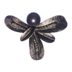 Black Leaf Shape Brooch with Pearl