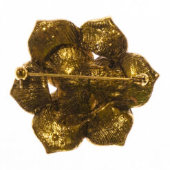 Back View of Flower Shape of Golden Brooch with Stone