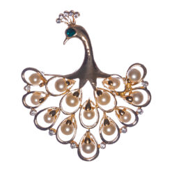 Peacock Shape of Brooch with Pearl