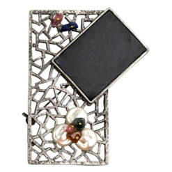 Image of rectangular brooch with stones